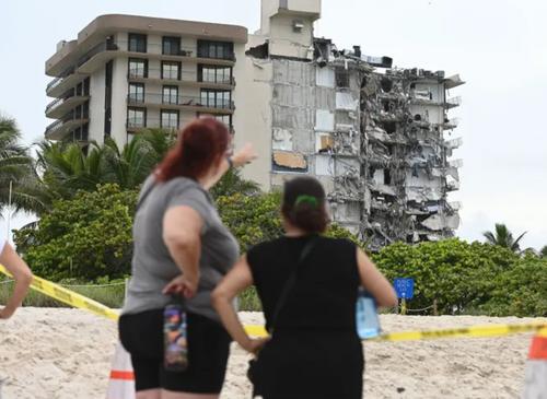 building collapse in Miami Florida 0
